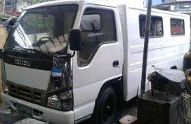 2012 Isuzu Nhr for sale