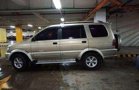 For sale Isuzu crosswind 2005 xuv manual diesel