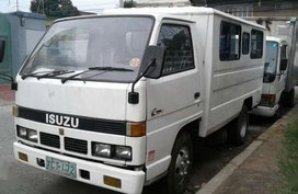 2003 isuzu nhr Fb for sale