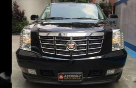 2009 Cadillac Escalade ESV Full Size Captain Seats Full Loaded