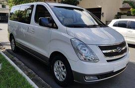 2013 Hyundai Grand Starex VGT Gold FOR SALE