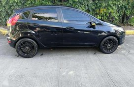 For sale Ford Fiesta 2014 hatch MT fresh!
