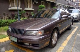 Nissan Cefiro 1997 in good condition. Gas. Automatic.