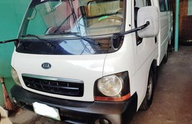 Kia KC2700 2004 model dual AC FOR SALE