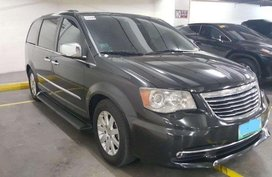 Chrysler Town and Country 2012 FOR SALE
