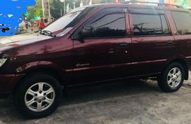 Isuzu Crosswind xt 2012 Lady driven