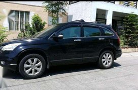 Honda CRV 2010 model automatic black metalic