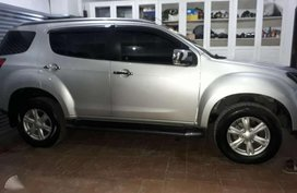 2017 Isuzu Mux FOR SALE