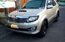 TOYOTA Fortuner V 2014 MODEL 2015 SERIES 4x2 diesel AT