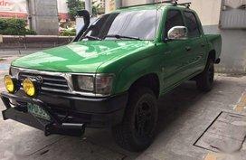 Toyota Hilux 2001 2L engine very fuel efficient