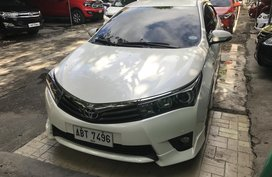 2016 Toyota Altis 2.0V automatic top of the line model