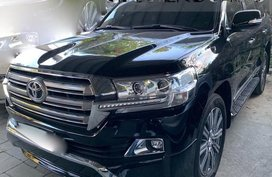 2018 TOYOTA LAND CRUISER LOCAL PRE-OWNED FOR SALE