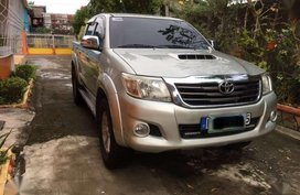 2012 TOYOTA Hilux Vigo G 4x4 Top of the line Automatic