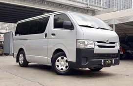 2016 Toyota Hiace Commuter 3.0 MT for sale