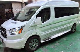 2018 Ford Transit Limousine Long Wheel Base explorer limited se