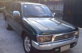 Toyota Hilux 2000 SR5 for sale