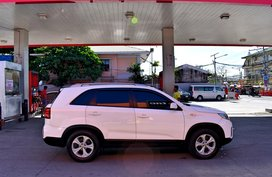 2nd Hand Suv White 2013 Kia Sorento for sale