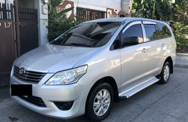 2013 Toyota Innova E for sale