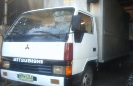 Mitsubishi Canter 2000 for sale
