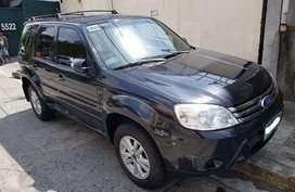 2010 FORD ESCAPE XLS - 330k nego upon viewing . nothing to FIX