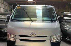 2016 Toyota Hiace 2.5 commuter diesel manual SILVER