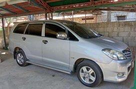 Rush sale! Toyota Innova j 2011