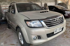 2014 Toyota Hilux 2.5 G 4x2 Diesel Manual Metallic Gold Color