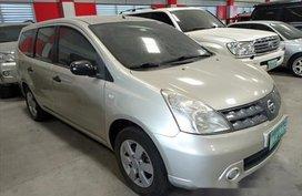 Nissan Grand Livina 2011 MT for sale