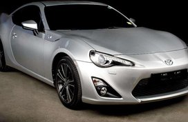 FOR SALE: Toyota 86 (2013 model)