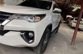 2017 TOYOTA Fortuner 24 G 4x2 Automatic White