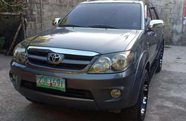 2008 TOYOTA Fortuner G vvti FOR SALE
