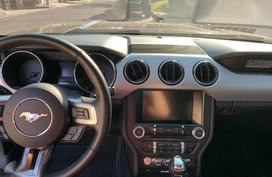 2016 Ford Mustang V8 5.0L - top of the line