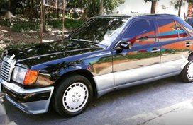 1988 model Mercedez Benz W124 FOR SALE