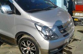 FOR SALE Hyundai Starex gold 2010 crdi a/t