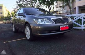 Toyota Camry 2005 18 inch vip mags