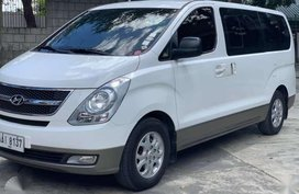 2014 Hyundai Starex Crdi DIESEL Manual at ONEWAY CARS