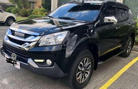 Isuzu MUX 3.0 4x2 AT 2017 for sale