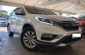 LIKE NEW 2017 Honda Crv 4x2 Gas AT 17k Mileage only White Pearl