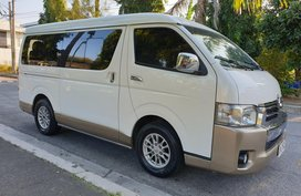 Toyota Super Grandia 2015 Automatic for sale