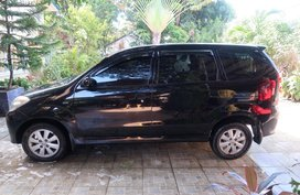 TOYOTA AVANZA 2010 FOR SALE