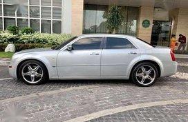 2007 Chrylser 300c V6 2.7L fuel efficient Silver