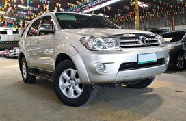 2010 TOYOTA Fortuner 4x2 2.5 G Diesel AT