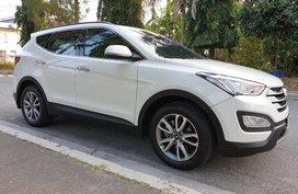 Selling Hyundai Santa Fe 2014 Automatic at 70000 km in Las Pinas