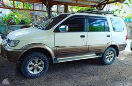2005 ISUZU Crosswind XUV M/T Super Tipid sa Diesel