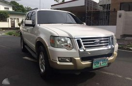 2010 FORD Explorer (Top of the line)