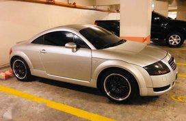 Audi Quatro TT 2000 model 4 years Manual transmission