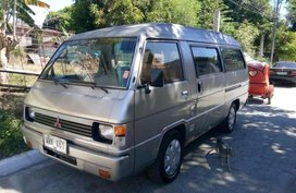 Mitsubishi L300 versa van 2000 for sale