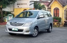 2010 Toyota Innova G Matic Diesel top of the line