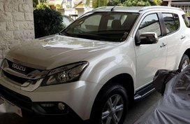 2016 Isuzu MU X four wheel drive top of the line variant first owner