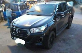 2018 Toyota Hilux E manual naka mags new tires